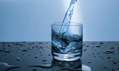 Что попадает в организм с водой за 25 лет?